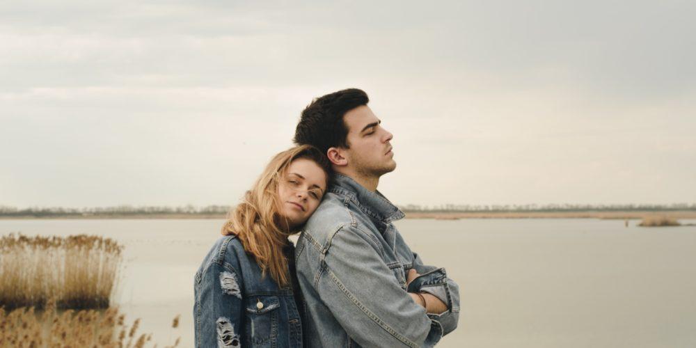 Cât de mult afectează să intri într-o nouă relație, fără să te fi vindecat de cea anterioară