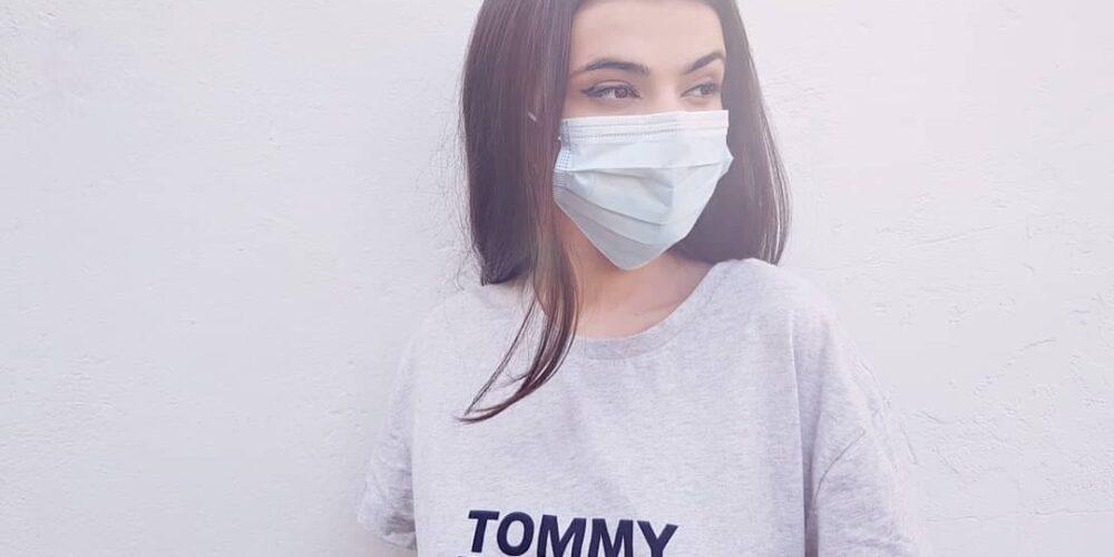 De ce nu poartă toată lumea mască? Abordarea trăsăturilor individuale și cele la nivel macro